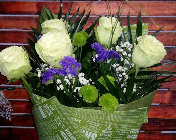 """Букет """" 5 белых роз"""""""